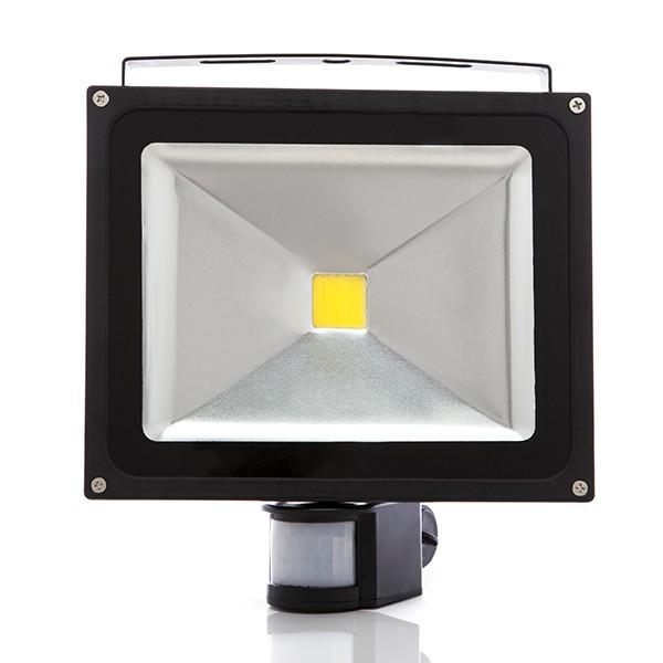 Projetor LED IP65 Detector de Movimento 30W 2700Lm 30.000H