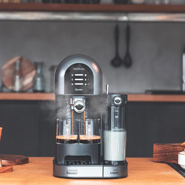 Máquina de Café Expresso Cecotec Cumbia Power Instant-ccino 20 Chic 1,7 L 20 bar 1470W Preto